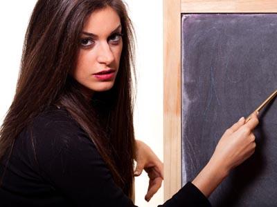 女人更年期潮热常出汗怎么办